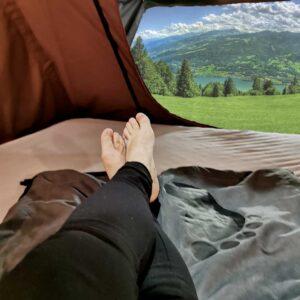 Große, beheizbare Decke im Dachzelt