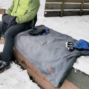 Große, beheizbare Decke für Winterwanderung