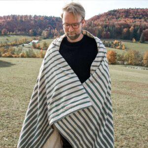 Kuschlige Decke zum Camping mit Plüsch